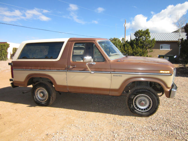 1985 Ford Bronco XL 2 Tone for sale photos technical
