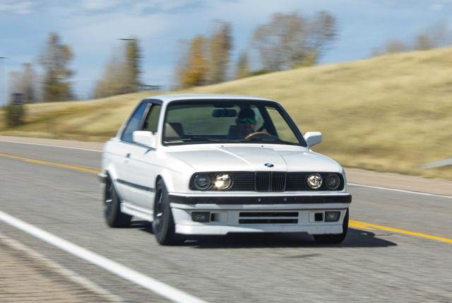 alpine white e30 325is