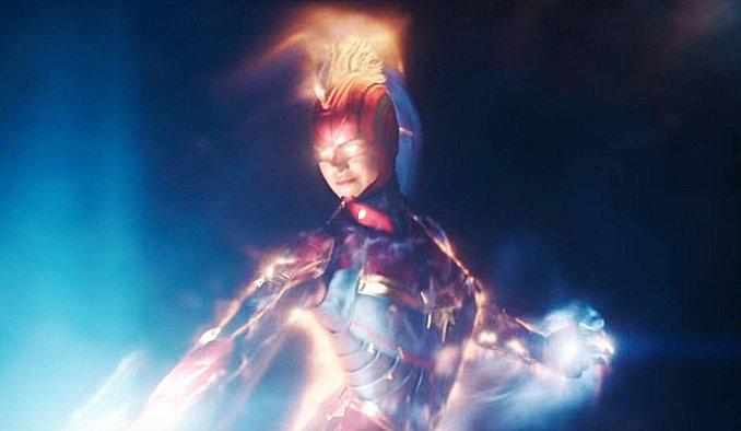 Captain Marvel Carol Danvers casque