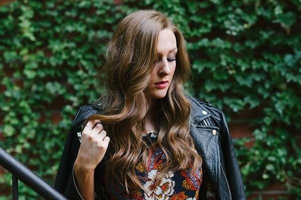 Amanda Sadler - Cross My Heart Music Video