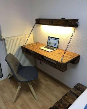 stôl a polička 13 kreatívnych typov čo s paletami Nábytok z paliet