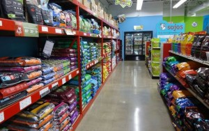Quality Pet Food Retailer in Des Moines is Expanding