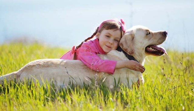 Benefits of Raising Your Kids with Dogs