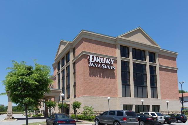 Drury Inn Suites Birmingham Lakeshore Drive