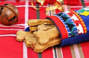 The Best Homemade Christmas Dog Treat Recipes