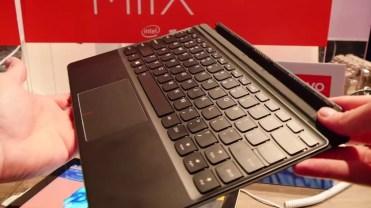 Lenovo Mix 720