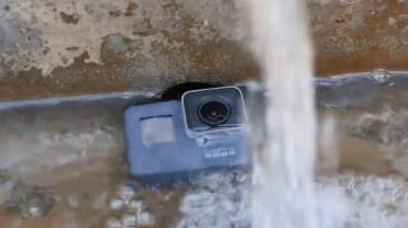 Cámara GoPro Hero 5 sumergida en agua
