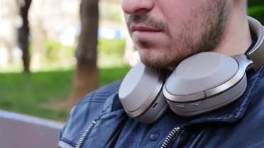 Sony MDR1000X cuello