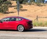Tesla Model 3 color rojo