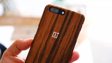 Funda puesta en el OnePlus 5