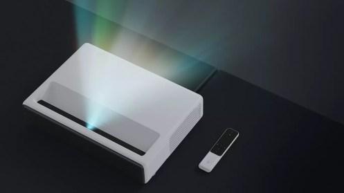 """Uso del proyector Xiaomi Mi 150"""" Laser Project"""
