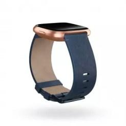 Imagen de Fitbit Versa con correa de tela
