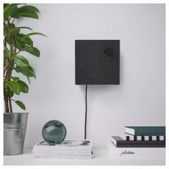 aLTAVOZ IKEA Eneby Bluetooth colgado en la pared