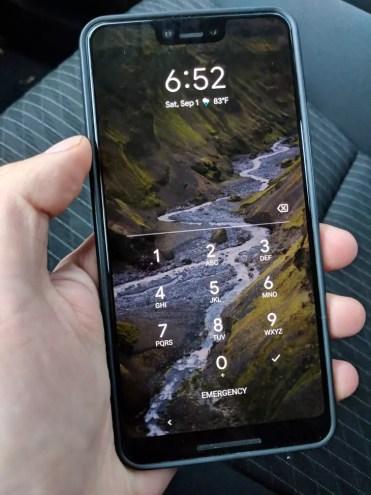 Imagen frontal del Google Pixel 3 XL