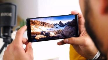 Panel integrado en el Sony Xperia XZ3