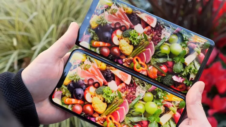 Pantalla del Huawei P30 Pro y iPhone XS Max