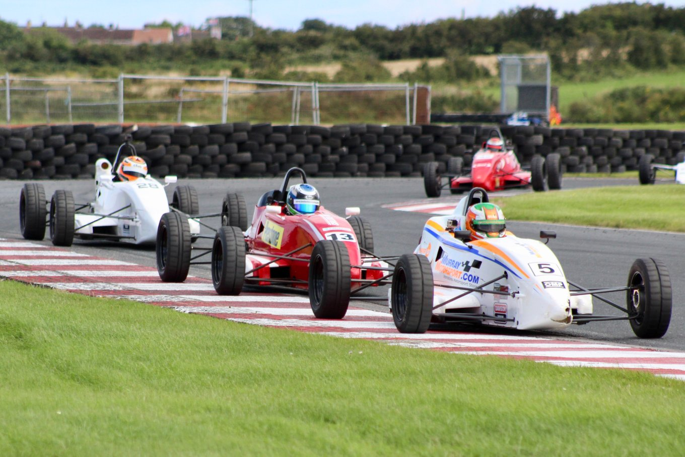 The action was as close as ever in Kirkistown, but Murray came o