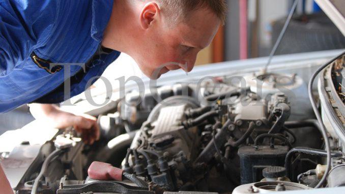 موتور موتور در ماشین