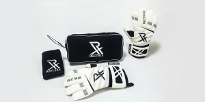 What Equipment Do Goalkeepers Need? What Should Keepers Buy?