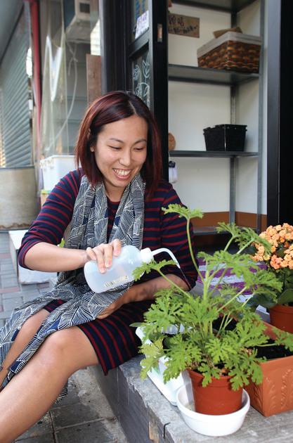 平凡媽媽:小店要生存最重要做好自己 - 香港經濟日報 - TOPick - 文章 - 職場 - D160104