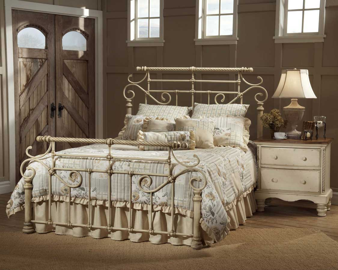 Antique White Bedroom Furniture 9 Top Inspirations