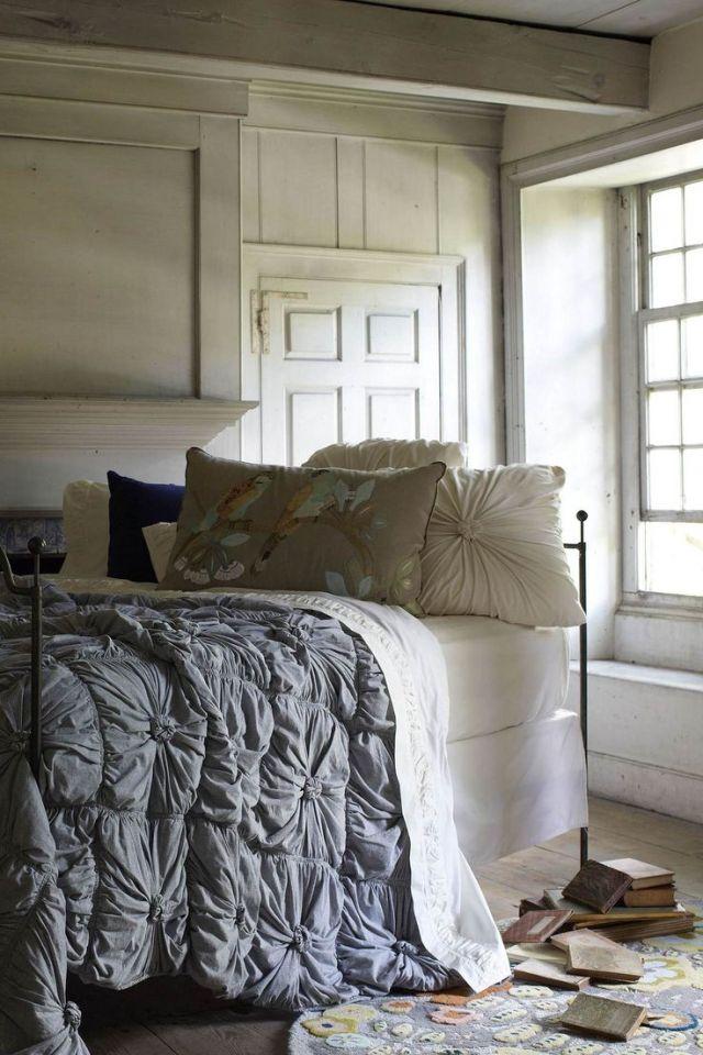 Instagram inspired lazybones rosette bedding topista for Anthropologie bedroom ideas