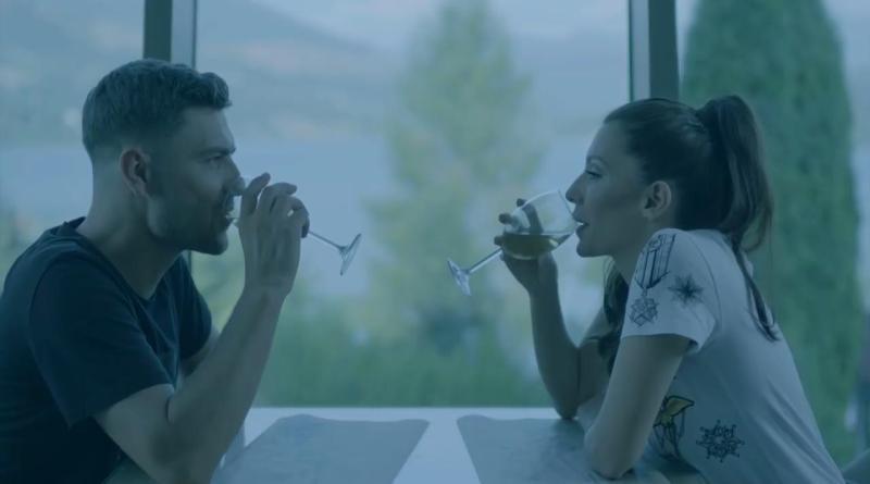 Celia feat. Karym — La doua capete (перевод)