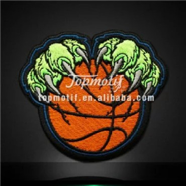 Basketball with Paw Iron on Embroidery Patches for Garments