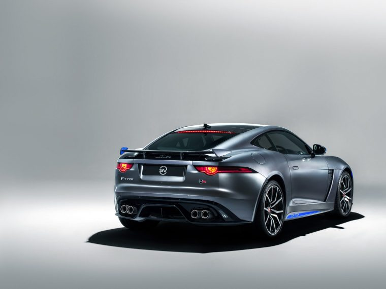 2018 Jaguar F-Type SVR - Exterior Rear