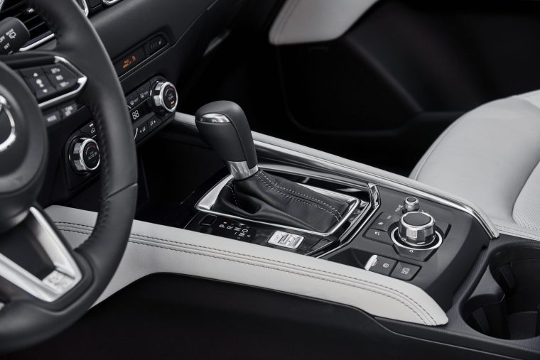 2018 Mazda CX-5 Interior Center Console