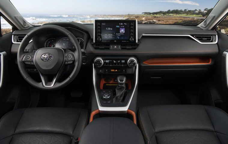 2019_Toyota_RAV4_Trail-Cockpit