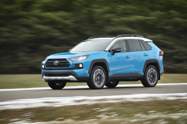 2019_Toyota_RAV4_Trail-Cover
