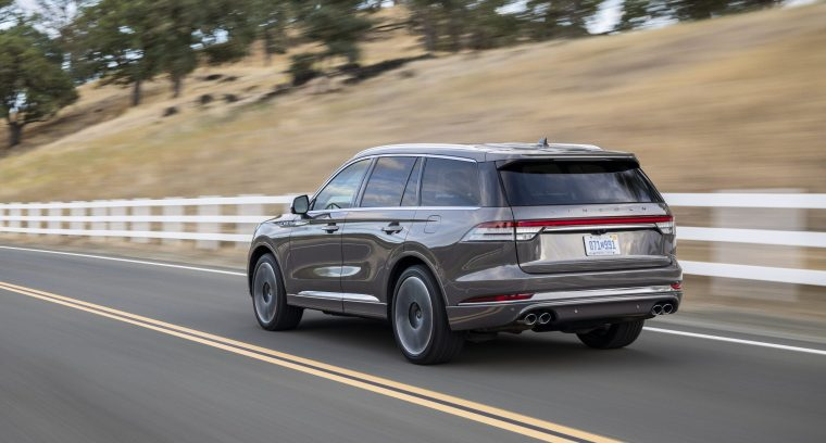 2020-Lincoln-Aviator-Rear-Exterior