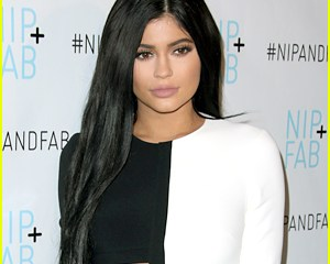 Kylie Jenner Might Be pregnant For Travis Scott