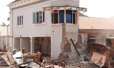 Edo Government demolishes loyal Oshiomole supporter, Kabaka's hotel