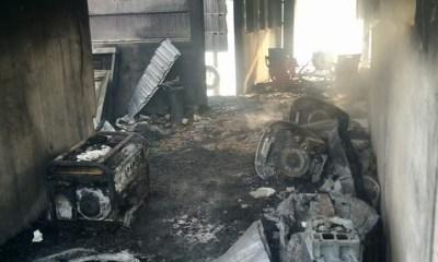 Gunmen set ablaze over 20 houses in Bayelsa State-TopNaija.ng