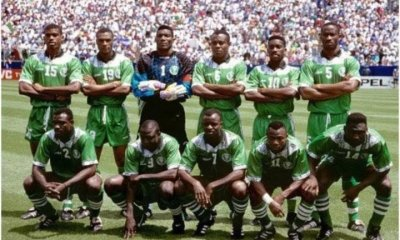1994 Super Eagles squad laud Buhari after house gifts