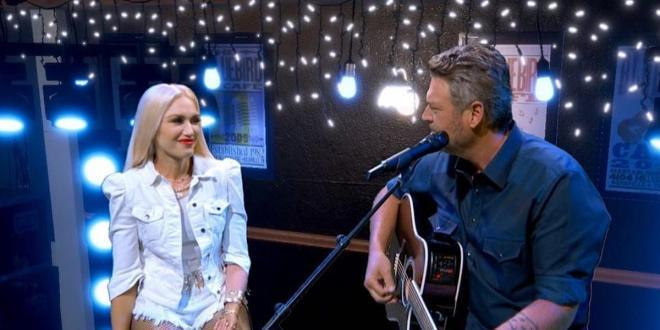 American singer Gwen Stefani and Blake Shelton may have secretly married