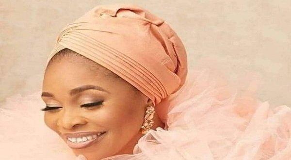 Tope Alabi appreciates fans for support amid 'Oniduro Mi' controversy