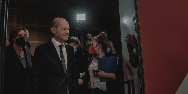 Video: Social Democrats Narrowly Win German Election