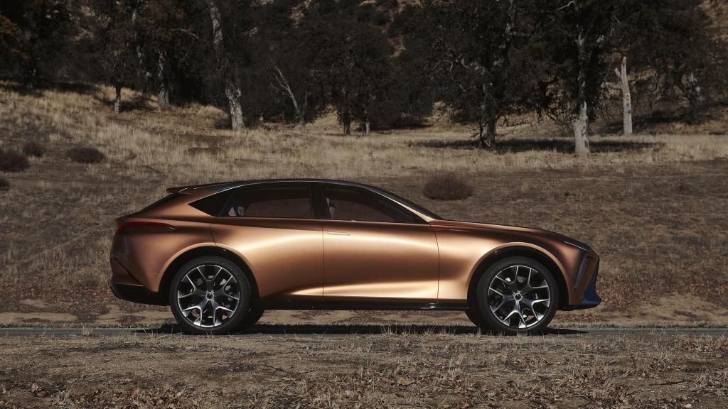 2022 Lexus LS Exterior