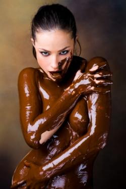 https://i0.wp.com/topnews.in/law/files/Women_prefer_chocolate.jpg