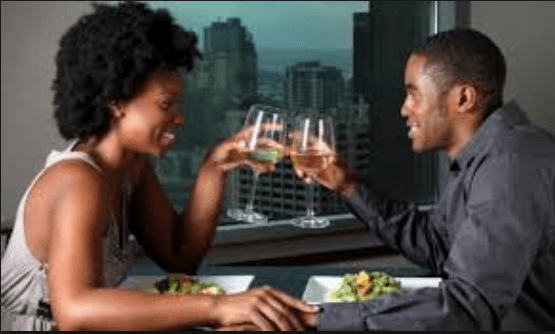 Ladies, Here Are 5 Types Of Food You Never Order On A First Date