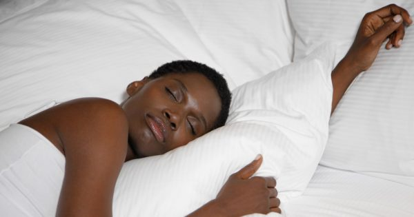 6 Things Successful Women Do Before Going To Bed