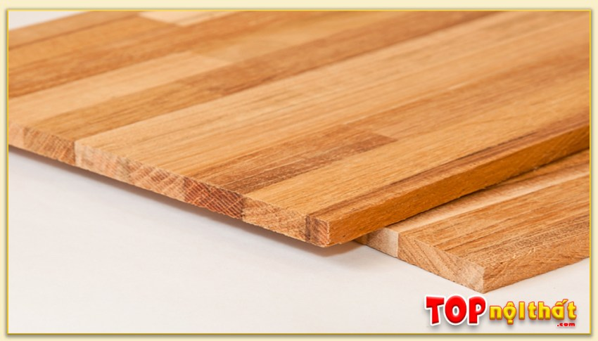 Hình ảnh thực tế gỗ ghép thanh. Ở đây ta có thể nhìn thấy rõ các thanh gỗ được liên kết với nhau qua chất kết dính tạo thành 1 ván gỗ tiêu chuẩn