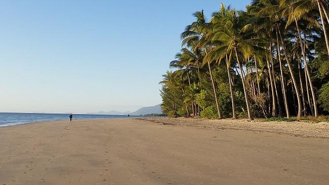 five-mile-beach-Port Douglas-Queensland-Australia-topofhotel-โรงแรม-ที่พัก-พอร์ตดักลาส