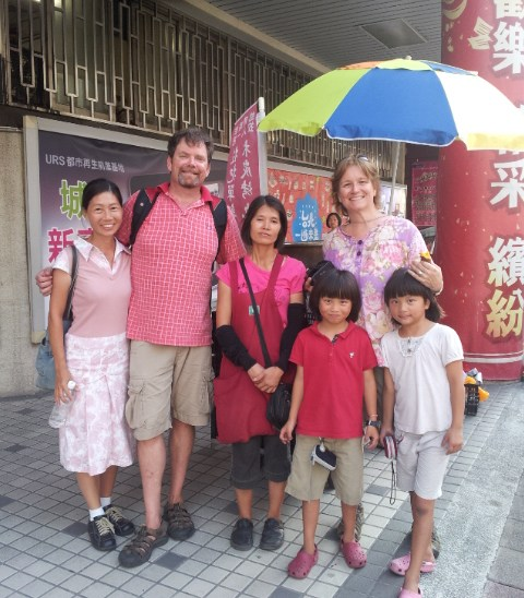 Acts of Altruism – How an American couple brought their Asian daughters to Taiwan to experience the Taiwanese culture