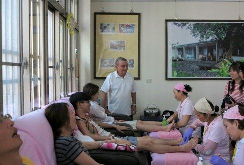 Headstream of Foot Massage: Changbin Catholic Church
