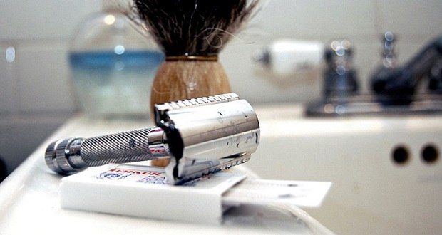 how-long-does-a-safety-razor-blade-last