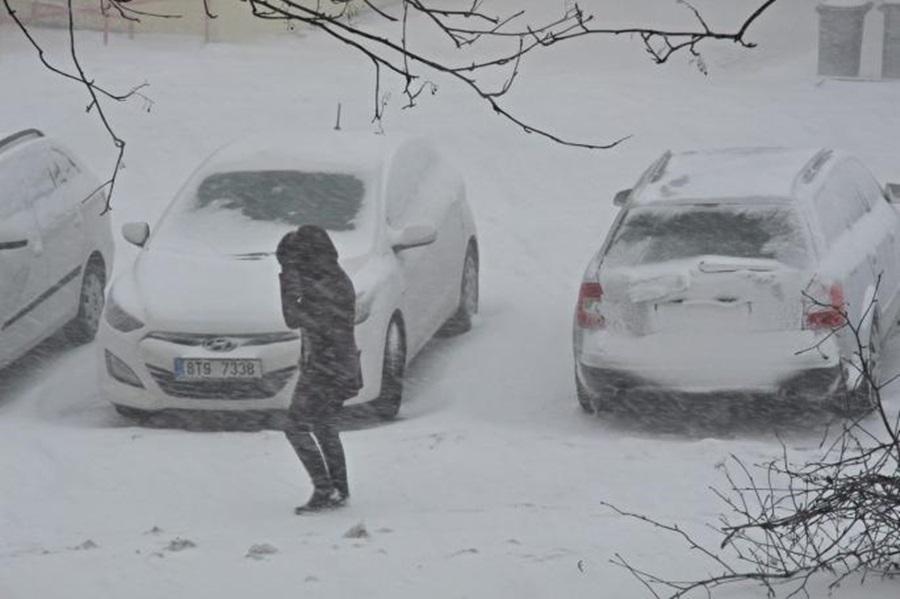 Стеже мраз на крају зиме